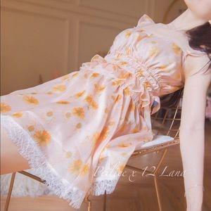 Dresses & Skirts - The Girl In The Oil Painting Sun Flower Dress Set